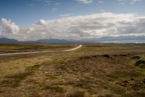 Icelandroad1